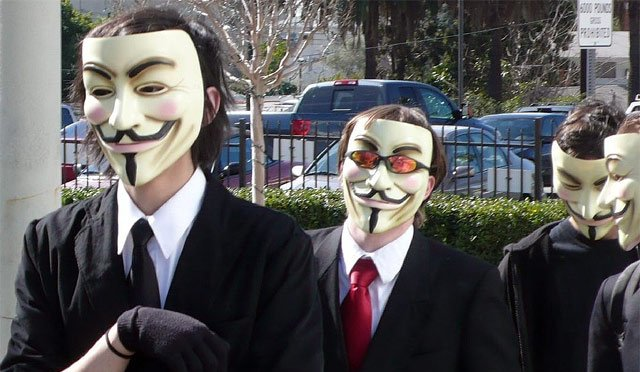 'Zetas' ceden ante amenaza de Anonymous